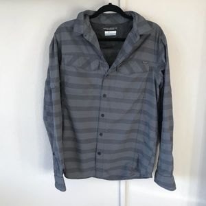 COLUMBIA Omni shade gray striped long sleeve top